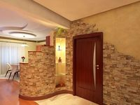 vhodni vrati i interior